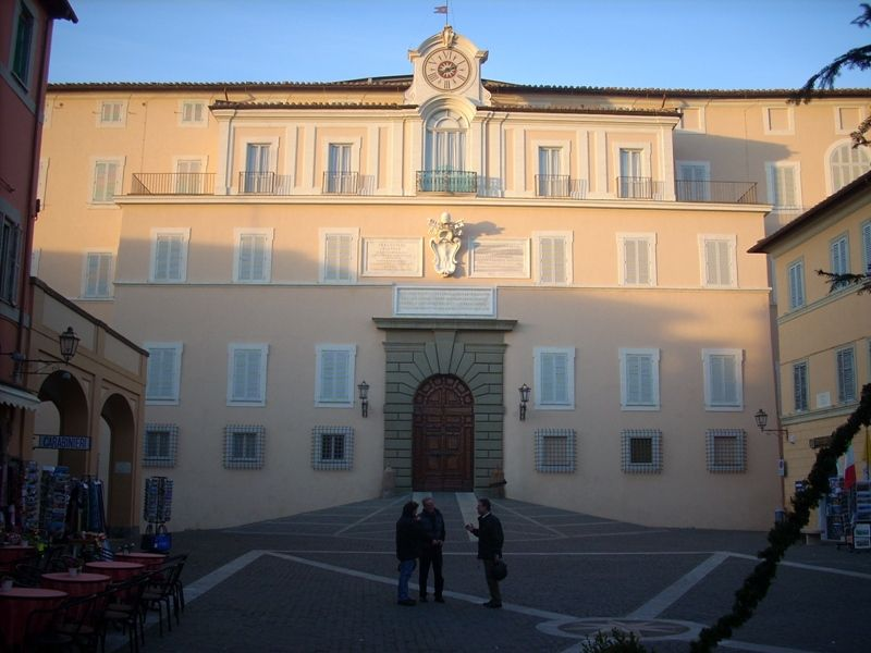 aperta al pubblico la residenza papale di castel gandolfo