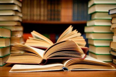 bando libri di testo a Nemi