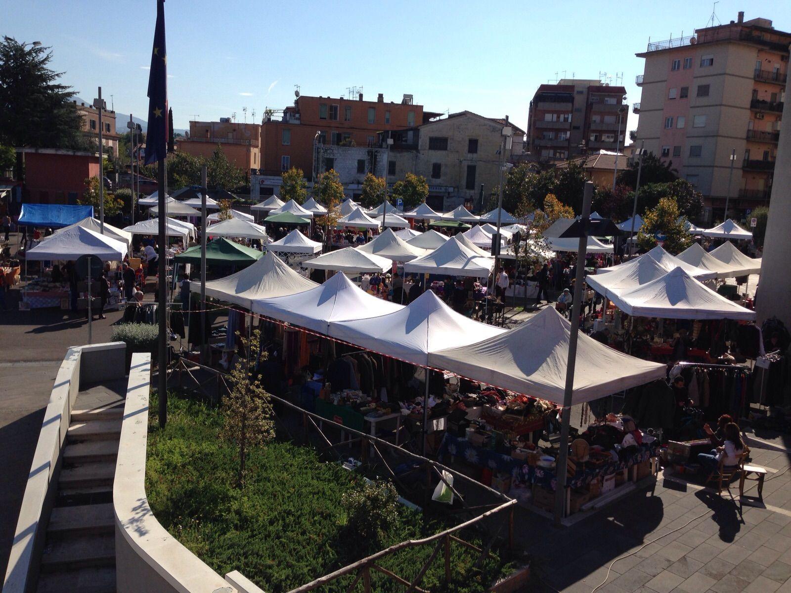 mercatino dell'antiquariato a Ciampino