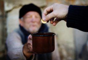 Contrasto alla povertà: ecco chi nei comuni di Velletri e Lariano ha diritto ai contributi economici