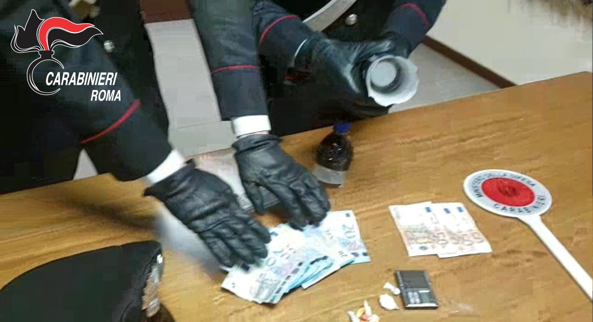 frascati carabinieri droga bottiglia
