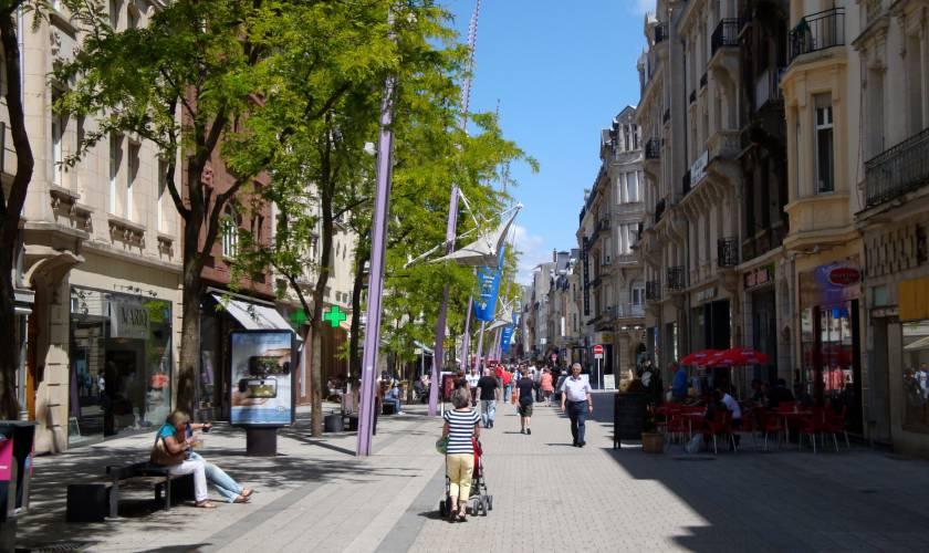 Esch-sur-Alzette gemellata con velletri