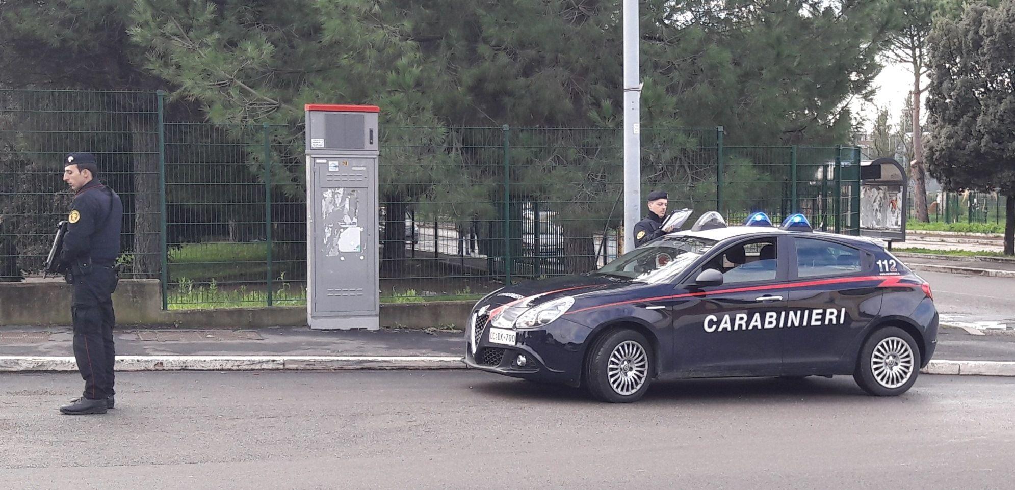 roma controlli carabinieri arresti