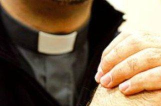 sacerdote adesca minore a pavona albano laziale