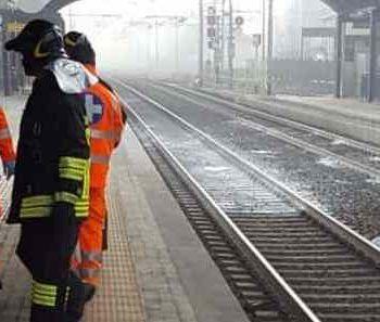 suicidio treno colonna