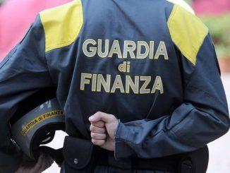 scoperto una frode fiscale nel settore degli elettrodomestici e hi-tech di oltre 15 milioni di euro, arrestata banda dalla Guardia di Finanza