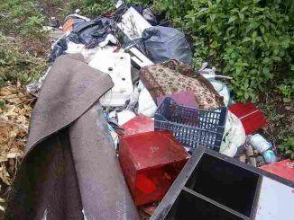 Abbandono rifiuti al Parco Regionale Castelli Romani, ancora segnalazioni