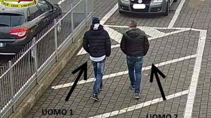 Arrestate dai Carabinieri di Frascati tre persone che rubavano auto di lusso nella Capitale e le scomponevano in un capannone
