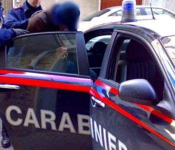 Carabinieri di Castel Gandolfo arrestano noto cantante lirico per aver malmenato l'ex moglie