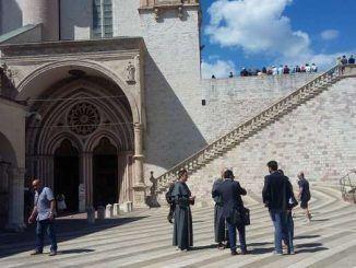 Ad ottobre, presente ad Assisi per la festa del Santo Patrono, l'Associazione nazionale Città dell'Infiorata
