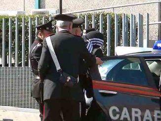 Arrestati due uomini dai Carabinieri per tentato omicidio a seguito di una lite per gelosia