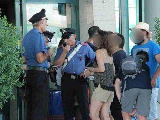 Fermate 4 persone per furto dai Carabinieri a seguito dei controlli agli aeroporti di Ciampino e Fiumicino