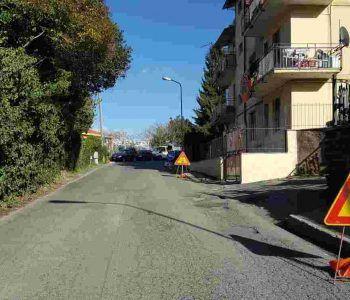 Monte Compatri, rifacimento del manto stradale su via Oberdan. Senso di marcia alternato a partire da oggi, 19 luglio