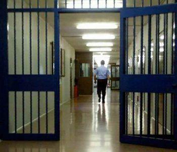 Velletri, il SAPPE protesta contro le aggressioni e le devastazioni in carcere. Feriti alcuni polizziotti