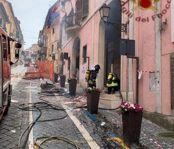 case distrutte dalle fiamme